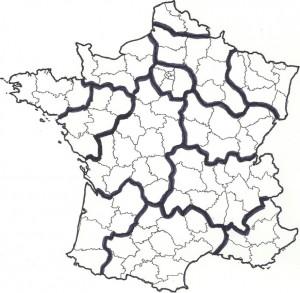 Carte 2 Première proposition de découpage de la France. Elle reflète un travail « bâclé » ignorant la géographie et l'identité de la France. Déjà une vive perte de confiance pour la suite…