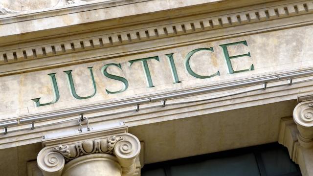 Mobilisation des avocats contre la réforme de la carte judiciaire