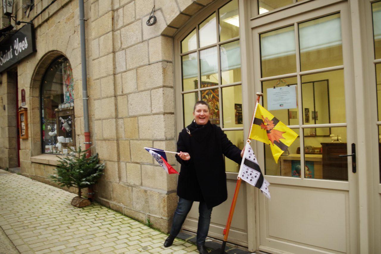 Côtes-d'Armor : de la nacre d'ormeaux bretons en route pour le Koweït