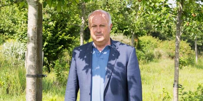 Daniel Cueff, le maire breton qui invente le village de l'après-pétrole